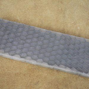 Honeycomb - white 125x38x10 mm.