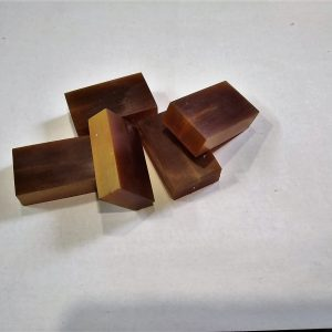 """""""Cow horn"""" - small 40x25x10 mm."""